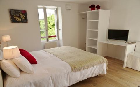 chambre classique hotel harretchea biarritz bidart