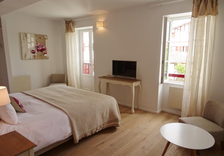 habitación clásica en Biarritz cerca de Bidart del Hotel Harretchea