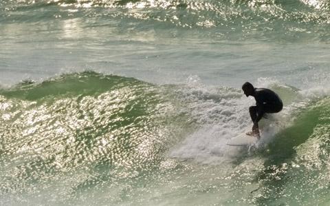 Surf à l'hotel sur la cote basque
